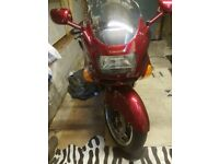 Red Kawasaki zzr1100 T reg bike 2 owners kept in garage covered never been in the rain no scratches