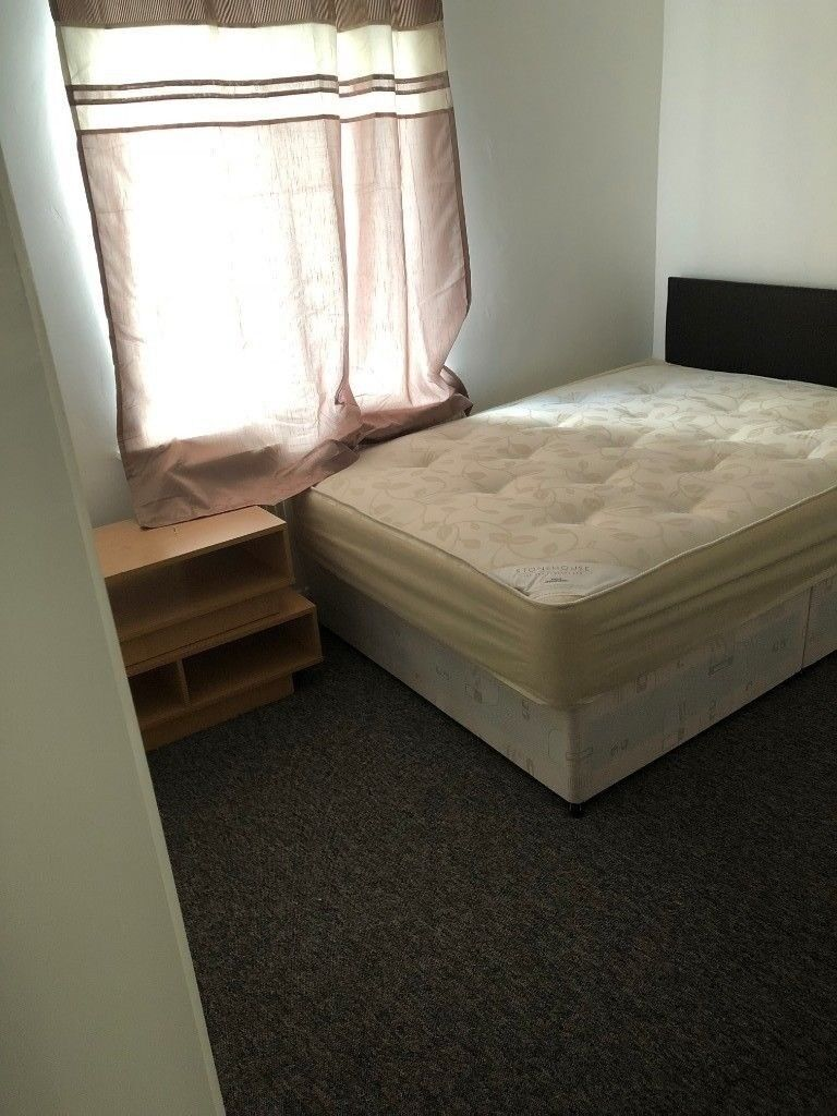 9a97e587d76b SB Lets - Large Double Room to Rent on St James Street ALL BILLS INCLUDED