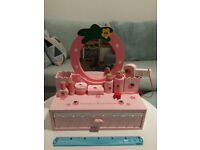 Beautiful Strawberry Beauty Dresser Set with 7 Accessories by Mother Garden ® £15.00 SE11 London