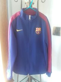 Official Nike Barcelona top age 10-12