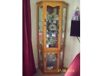SOLID TIMBER FREESTANDING CORNER CHINA CABINET LOCKABLE WITH KEYS