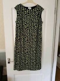 3/4 dress size 18