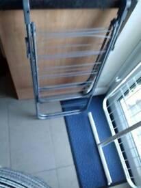 Free Clothes horse/ drying rack
