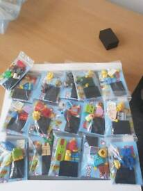 Various Lego mini figs