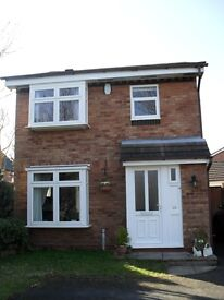 3 Bedroom Detached House to let (min 12 months) in quiet cul-de-sac on popular Boley Park Estate