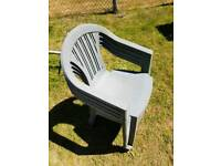 Set of 4 Plastic Chairs