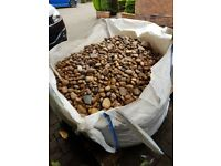1 ton of garden stones