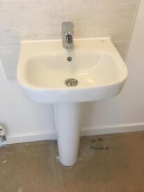Wash hand basin & toilet