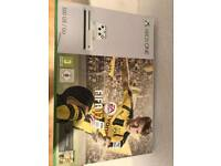 Xbox one 500gb plus games.