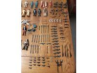 Over 150 vintage star wars figures + loads of weapons