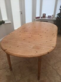 Extendable Pine Dinning Table