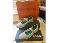 ECCO Shoes!