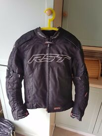 RST Pro Series Sport Armoured Motorcycle Jacket with AlpineStars Kevlar Gloves   Size M   RRP £200+