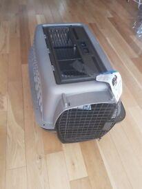 PETMATE Pet carrier box 61.2cm x42.4cm x36.8cm