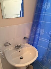 Unfurnished two bed flat for rent (available immediately)