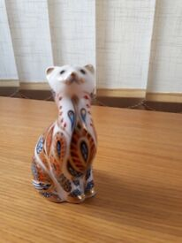 Royal Crown Derby Siamese Kitten paperweight with gold stopper - 1st quality