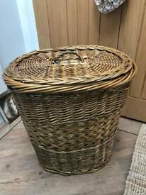 REDUCED Lovely Wicker Laundry Style Basket