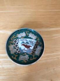 Goldimari hand painted plate