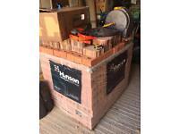 Approx 550-600 Hanson Bricks