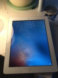 Ipad 2 white 16gb memory wi fi great condition
