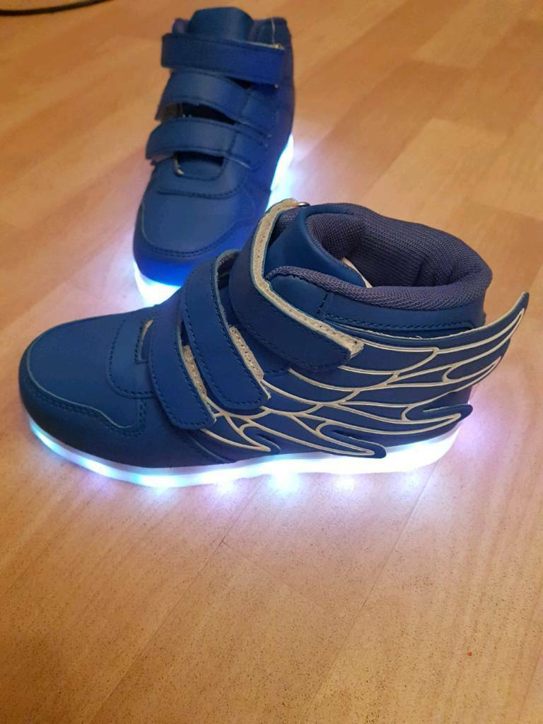 New Trainers with lights size 13  3cff95e65