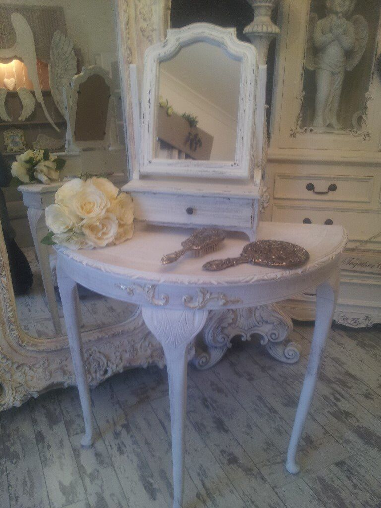 lovely vintage aged dressing table with mirror... only £60. no less