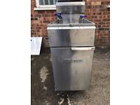 IMPERIAL Chip fryer - Gas - Twin Tank Fryer With 2 Baskets