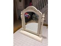 Dressing table/vanity mirror