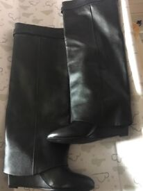 Fake Givenchy boots Size 4 never worn