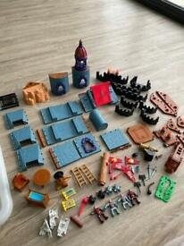 Fisher Price Mattel Imaginext Medieval Battle Castle Knights & Accessories 2001