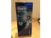 Oral - B PRO 2000 Electric Toothbrush Brand new