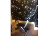 Pro fitness exercise bike