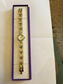 Great Xmas gift? Solo ladies gold colour watch with crystals, with purple display box