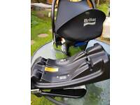BRITAX CAR SEAT CARRIER AND ISOFIX BASE £25