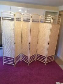 Room Divider Woven Excellent condition
