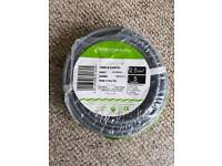 Twin & Earth Cable (L)5M
