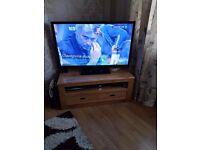 Soild wood tv stand excellent condition