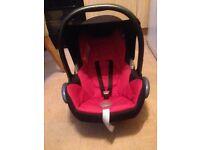 Maxicosi black and red cabriofox car seat