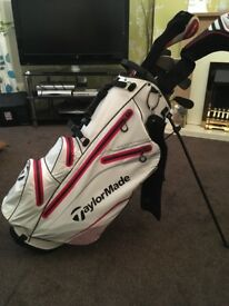 Taylor made golf bag