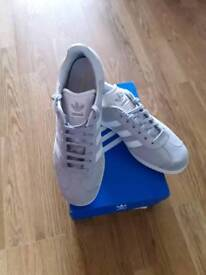 MEN'S GAZELLE by ADIDAS ORIGINALS TRAINERS, SIZE 7