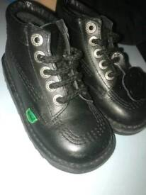 Kickers Infant Size 8