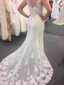 Wedding dress (Ivory)