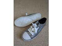 Silver trainers plimsolls size 6