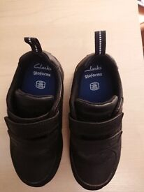 New Clarks size 10H boys school shoes