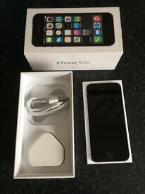 Apple iPhone 5s in space gray 16gb on O2 in mint condition