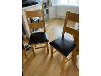Set of 4 solid wood dining chairs