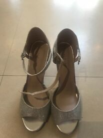 Ladies New Look shoes size 7
