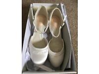 Bridal shoes size 5 pink linging (Debenhams)