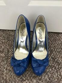 New Look electric blue patent heels (size 5)