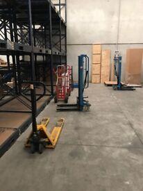 Racks & Forklifts for Warehouse